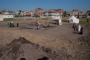 http://blog.selket.de/aus-der-archaeologie/deutsche-archaeologen-machen-neue-funde-in-pi-ramesse#more-11488