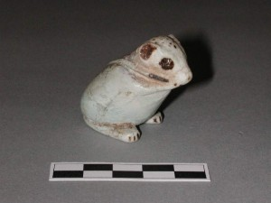 ugróegér, fajansz szobrocska Fitzwilliam Museum, Cambridge (forrás: http://webapps.fitzmuseum.cam.ac.uk/explorer/index.php?qu=jerboa&oid=53975)